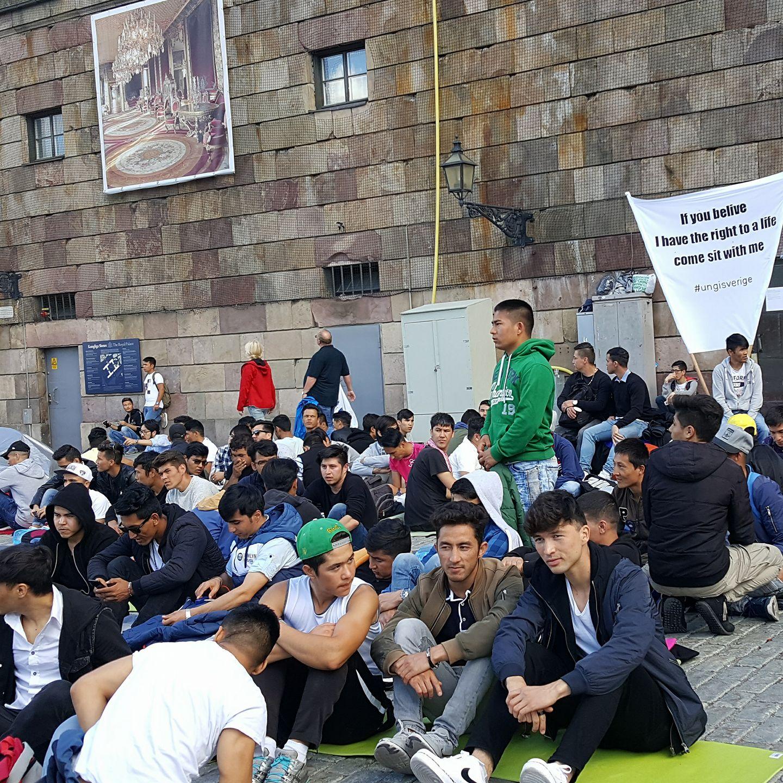 کشورهای پناهنده پذیر در 2017 اعتصاب پناهجویان افغانستانی مقابل پارلمان سویدن - Kabul ...